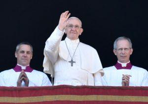 El Papa pide paz en Jerusalén durante mensaje navideño