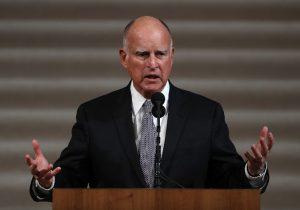 California concede perdones navideños a inmigrantes