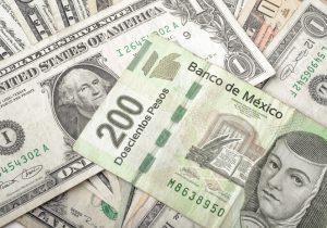 Dólar cotiza en $20 pese a anuncio de Banxico