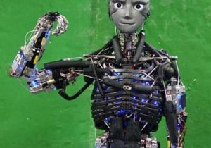 Crean robot humanoide que hace ejercicio