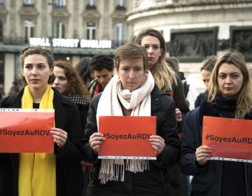 El límite entre acoso y seducción, la pugna de mujeres en Francia