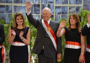 Kuczynski presenta gabinete en medio de una crisis por indulto a Fujimori