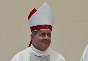 Juan Barros, el obispo chileno acusado de encubrir a pederastas que el papa ordenó investigar