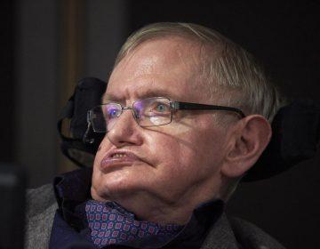A sus 76 años, Stephen Hawking continúa desafiando las probabilidades