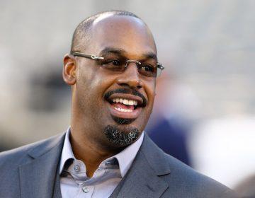 Exjugadores de la NFL despedidos de ESPN por acoso sexual