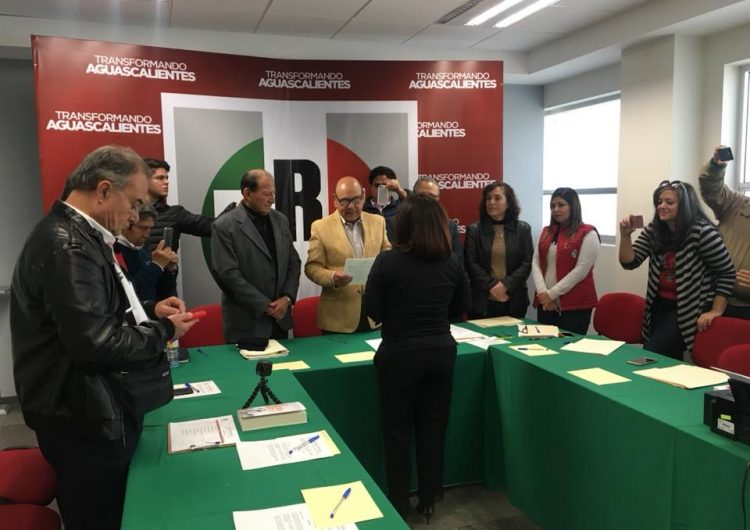 Va una decena de priistas por curules federales en Aguascalientes