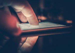 Alertan por nueva aplicación que permite crear videos pronográficos falsos