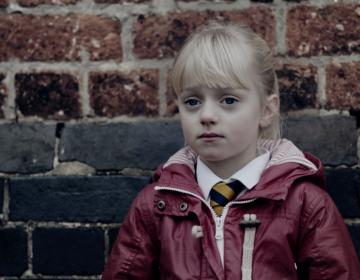 Maisie Sly, la niña que desafió los estigmas sobre discapacidad y triunfa en Hollywood