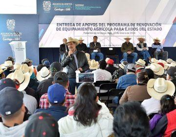 Otorgó Gobierno apoyos a ejidatarios de municipios de Ags.