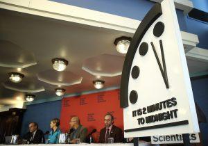 ¿Qué es el Reloj del Apocalipsis y qué implica que esté a dos minutos de la medianoche?