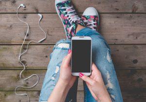 ¿Los teléfonos inteligentes afectan el estado de ánimo de los adolescentes?