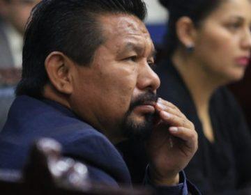 Si no va por la federal, Charrez quiere reelección
