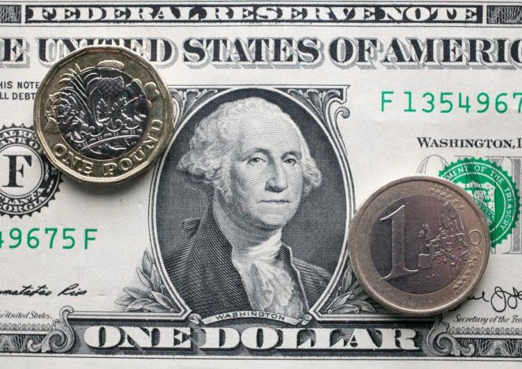 Si Estados Unidos es grande otra vez, ¿por qué el dólar se hunde lentamente?