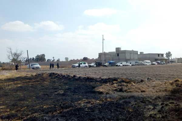 Ejército aseguran unidades con huachicol en Texmelucan