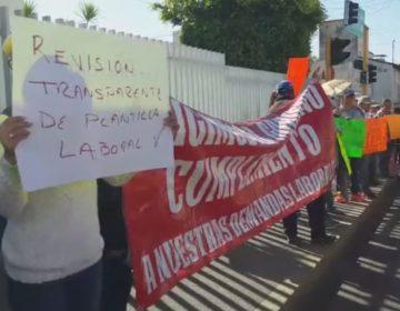 Sindicato de Salud protesta en cruceros de Oaxaca