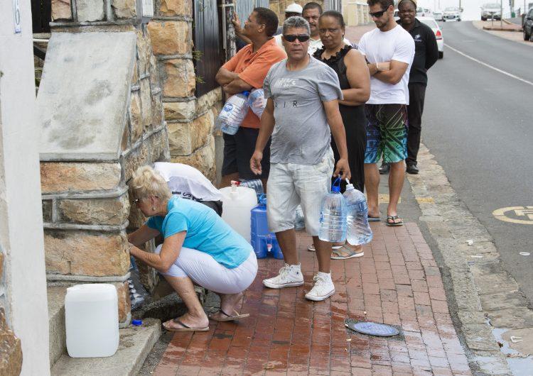 Declaran catástrofe natural en Sudáfrica, ¿qué hay detrás del inminente Día Cero?