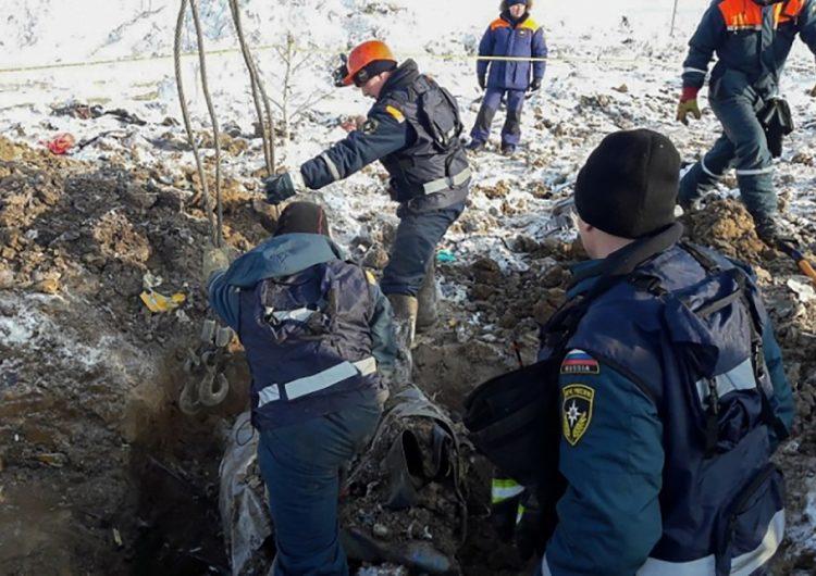 ¿Qué hizo que un avión ruso se estrellara? Estas son las hipótesis