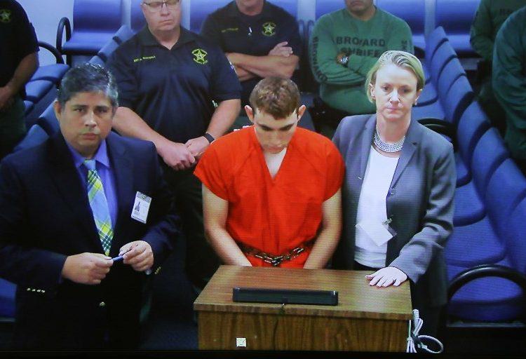 Nikolas Cruz, vinculado con supremacistas blancos, confiesa autoría de la masacre en Florida