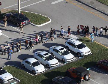 Tiroteo en secundaria de Parkland, Florida, deja al menos 17 muertos