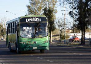 Buscará INJUV apoyos de transporte para estudiantes de municipios