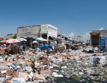 Oxfam acepta que algunos trabajadores contrataron prostitutas mientras ayudaban en Haití