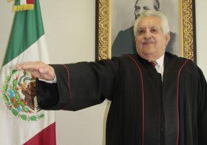 Raúl Bolaños Cacho, presidente del Tribunal Superior de Justicia de Oaxaca, es el principal obstáculo para hacer justicia al feminicidio, acusan familiares de víctimas