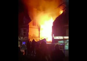 """Reportan fuerte explosión en Leicester, Inglaterra; es un """"incidente mayor"""", señala policía"""