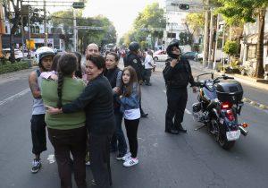 ¿Sabes qué hacer ante un fuerte sismo como el que sacudió la Ciudad de México?