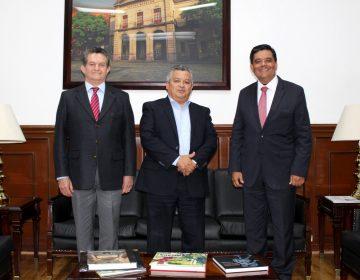 Estrechan lazos secretario de Gobierno y delegado de Gobernación