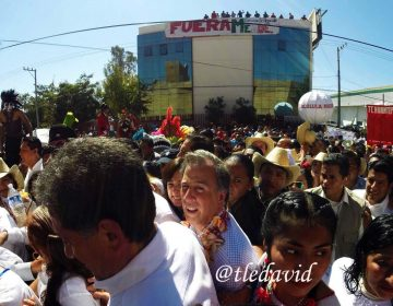 Primera visita de Meade a Oaxaca… un día de campo