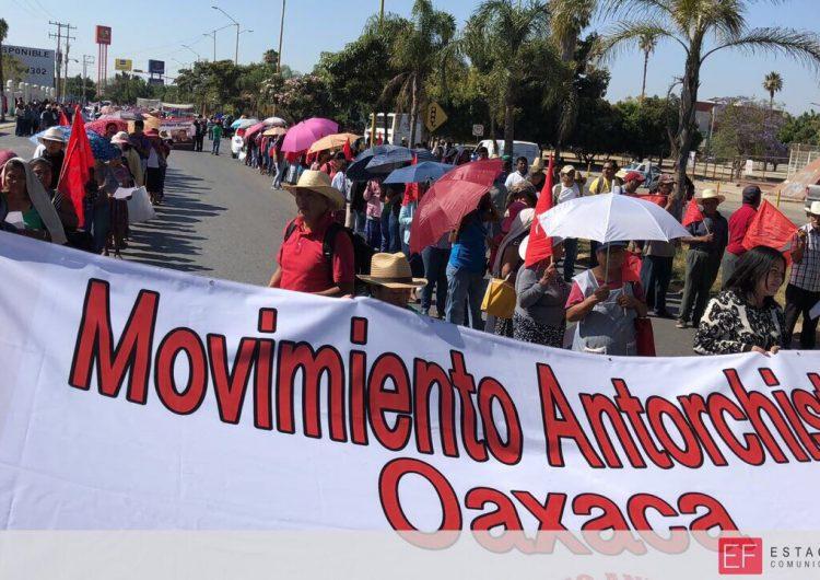 """Antorcha Campesina exige recursos para 78 obras; valoran no apoyar al PRI en las próximas elecciones… """"aunque no queramos, la gente va a dejar al PRI"""": Gabriel Hernández"""