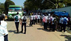 Alumnos quienes exigen subsidio al pasaje fueron golpeados al intentar…
