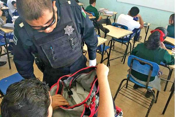 Ante inseguridad exigen aplicar operativo mochila en Texmelucan