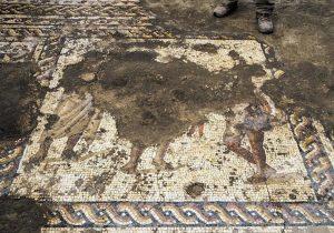 Desentierran un antiguo mosaico bizantino con una misteriosa inscripción griega
