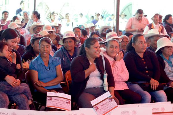 """Programas al """"sector vulnerable"""" no serán suspendidos a lo largo del proceso electoral, informa """"Sedesol"""
