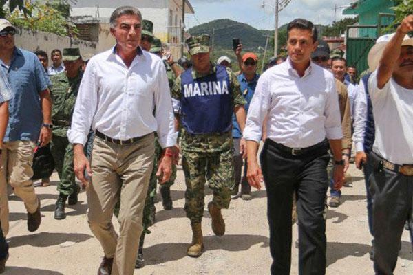 Tony Gali y Peña Nieto reabren Hospital de Izúcar dañado por sismo