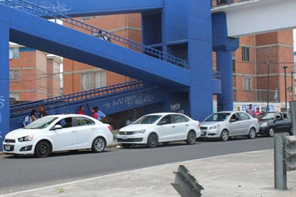 Más rutas de transporte público para evitar taxis pirata