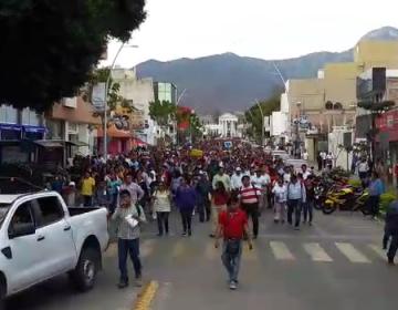 Desconoce CNTE a Juan Díaz de la Torre; acciona en Oaxaca con bloqueos y marchas