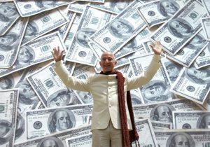 Jeff Bezos, fundador de Amazon, se encamina a ser el primer billonario del mundo