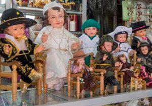 """Pide arzobispo poblano no vestir a """"Niño Dios"""" de futbolista o de huachicolero"""