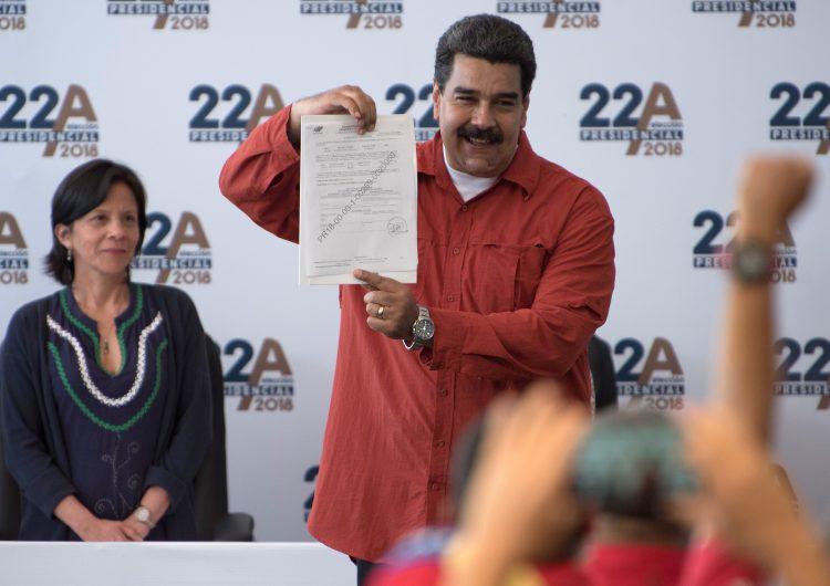 Venezuela posterga para mayo controvertidos comicios presidenciales
