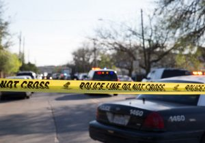 """Cuatro bombas y dos muertos en lo que va del mes: Texas busca a """"atacante serial"""""""