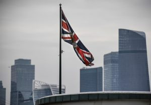 Reino Unido expulsa a diplomáticos y suspende contacto con Rusia por muerte de exespía