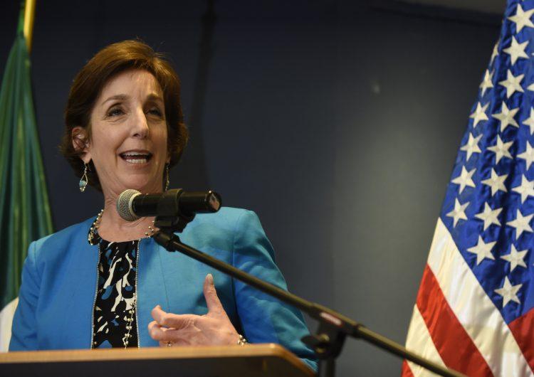Roberta Jacobson embajada Estados Unidos México renuncia