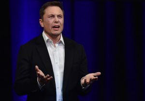 Elon Musk quiere vender bloques de piedra… y probablemente tenga éxito