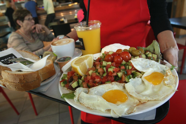 Que desayunar por las mananas para bajar de peso