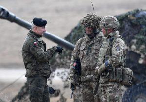 Estados Unidos y sus aliados realizan un importante ejercicio de artillería en Europa