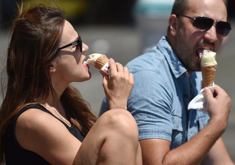 ¿Subes de peso cuando tienes pareja? Especialistas explican por qué