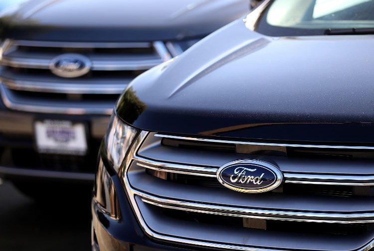 Ford retira autos volante méxico