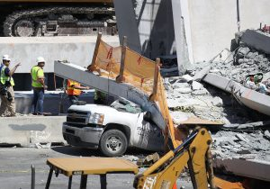Un ingeniero advirtió sobre grietas en el puente que colapsó en Miami